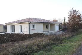 maison neuve plain pied orientée