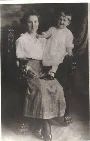 Lou Ada Morris holding Aunt Mildred