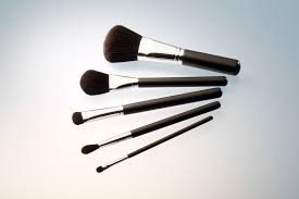 synthetic makeup brushes today not