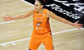 Diana Taurasi to ref after a tech: 'I'll see you in the lobby later'