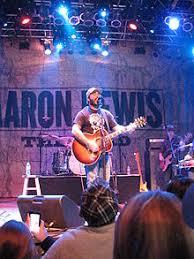 Aaron Lewis - Wikipedia
