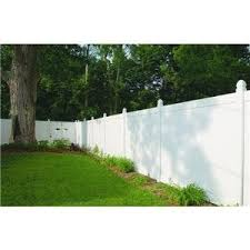 I Want Cute Short White Spaced Board Fencing Maybe Picket Around My Front Yard For Looks With A Cute Gate But I Backyard Remodel Backyard Fences Backyard
