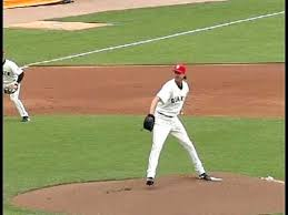 LHP Randy Johnson pitching mechanics - YouTube