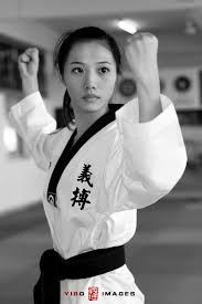 Taekwondo Girl - Bing Images | Martial arts girl, Taekwondo girl ...