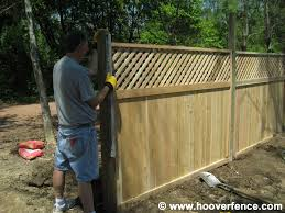 High Privacy Fence Ideas Fence Styles Solid Privacy Cedar Fence With Lattice Hoover Fence Privacy Fence Designs Wood Fence Fence Design