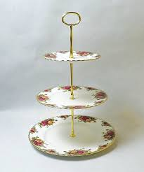 rose three steps cake stands