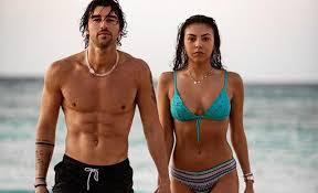 Andrea Damante e la nuova fidanzata Claudia Coppola ...