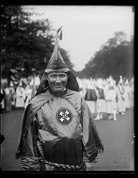 File:Hiram Wesley Evans, Grand Wizard of the Ku Klux Klan  LCCN2016888116.jpg - Wikimedia Commons