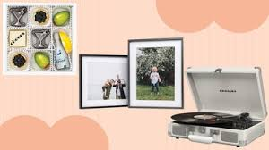 25 Best Anniversary Gift Ideas For Couples In Quarantine Glamour
