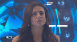 Serena Enardu non può entrare nella casa del Grande Fratello Vip ...