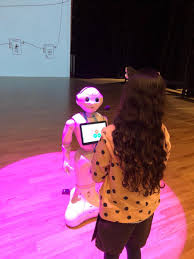 "Megan McKellar on Twitter: ""How do living and non living things process  information from their environment? Pepper the robot helped us figure it  out @DAAElementary #NGSS… https://t.co/cyUsf2o3GT"""