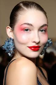 key makeup trends spring 2016