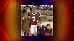 Scholarship honors deceased De Smet High School football player | FOX 2