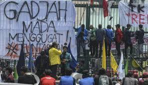 menteri jokowi ajak mahasiswa yang demo untuk berdebat oleh warta