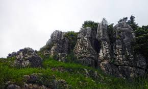 stone garden dan gua pawon wisata
