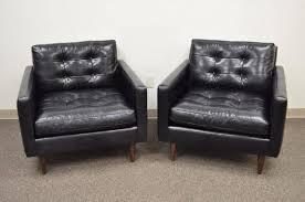 barrel petrie tufted leather black