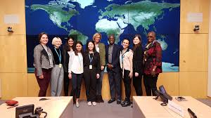 """UChicagoParis on Twitter: """"Global Health students visiting @WHO with Prof.  Funmi Olopade and Prof. Sola Olopade. The group was warmly welcomed by  Dorine van der Wal (WHO Briefing Centre). pc: Jaouad Almaoui…"""
