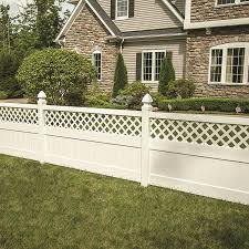 Freedom Ready To Assemble Conway 4 Ft H X 8 Ft W White Vinyl Lattice Top Fence Panel Lowes Com Fence With Lattice Top Vinyl Fence Panels Vinyl Fence