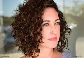 43 hottest curly bob hairstyles that