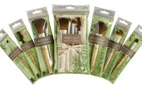 the list of eco friendly makeup brushes