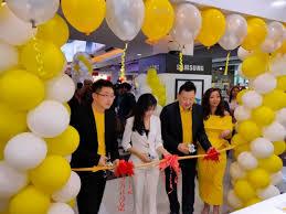 Realme Buka Service Center dan Store di Surabaya - Selular.ID