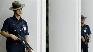 singapore tests robot security guards