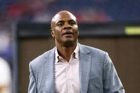 Texans GM Rick Smith takes leave of absence due to wife's cancer ...