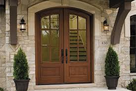 traditional front door trends and ideas