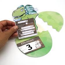 Hier kannst du dir schnell und einfach dein ausmalbild kleiner dinosaurier ausdrucken. Mini Presents Dino Einladungskarten Do It Yourself Dinosaurier Party Schenke Gluckliche Momente Originelle Diy Papiergeschenke Zum Ausdrucken Fur Gemeinsame Zeit