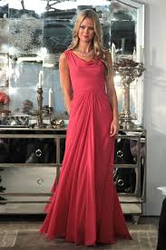 what to wear with pink dresses 2020
