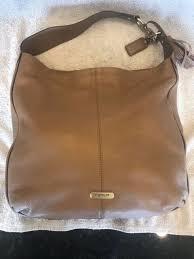 coach avy leather hobo f 23309 b 4