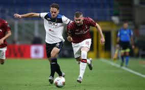 Tra Milan e Atalanta termina 1-1: Calhanoglu e Zapata firmano il ...