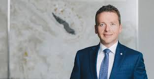 Aaron Collins - Aaron Collins - Corporate Lawyer - Aird & Berlis