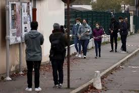 Parigi, professore decapitato da un 18enne: aveva mostrato in classe  caricature di Maometto