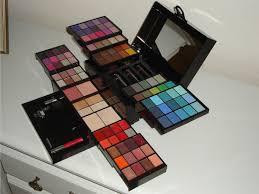 deborah makeup saubhaya makeup