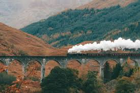 "Addie Gray on Twitter: ""Glenfinnan Viaduct & the Jacobite Steam Train aka  the Harry Potter train - today with @Rabbies_Travel #giftedtrip… """