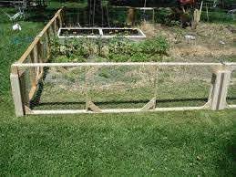Cheap Privacy Fencing Ideas Cheap Dog Fence Ideas Cheap Fencing Options Cheap Fence Ideas Fo Cheap Garden Fencing Small Garden Fence Fenced Vegetable Garden