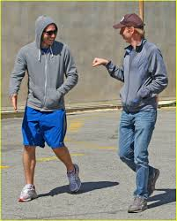 Jake Gyllenhaal & Mike White's Amazing Race: Photo 1807301   Jake ...