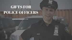 30 splendid gift ideas for police officers
