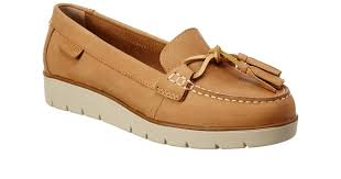 azur cast leather boat shoe in brown