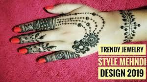 simple new style mehndi design 2019