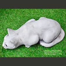 tail up cat hand cast stone garden