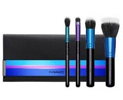 limited edition travel brush kit