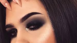 smokey black eyeshadow makeup