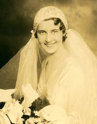 1920s wedding look bobby pin
