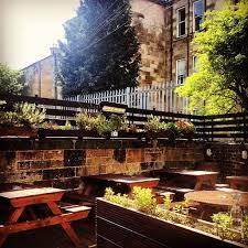 beer gardens glasgow outdoor drinking