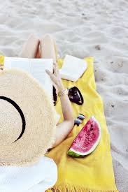 Pin by Sofia Bennett on Beautiful Things | Beach, Summer feeling, Beach  reading