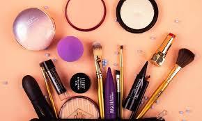 eco friendly makeup accessories plus