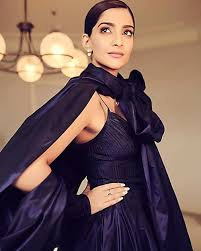 gushing over sonam kapoor cannes makeup