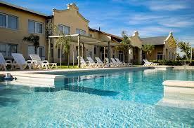 Hotel Howard Johnson, Trenque Lauquen, Argentina - Booking.com